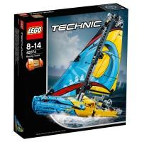 LEGO TECHNIC Rennyacht