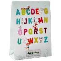 Papiertüten zu Stoffbuchstaben