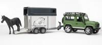 BRUDER Land Rover Defender Station Wagon mit Pferdeanhänger