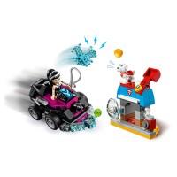 LEGO DC SUPER GIRLS Lashinas Action-Cruiser