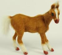Braunes Fell-Pferd