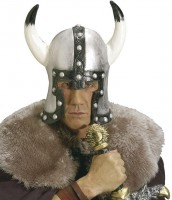 Helm Barbarian