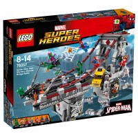LEGO SUPER HEROES Spider-Man Brückenduell