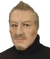 Gesichtsmaske junger Mann