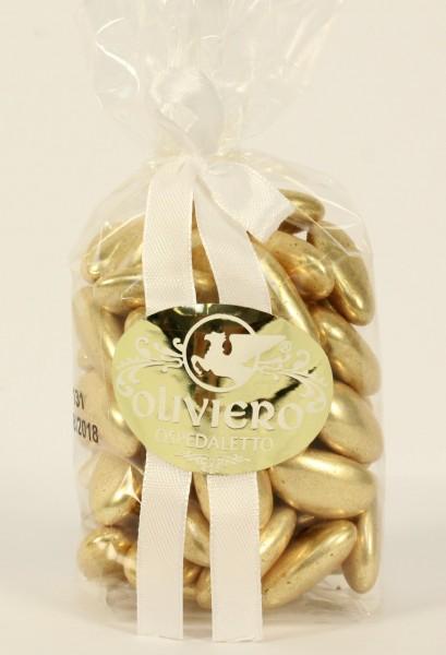 Goldene Hochzeitsmandeln