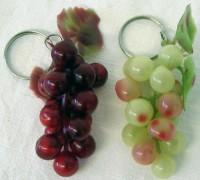 12 Weintrauben Schlüsselanhänger